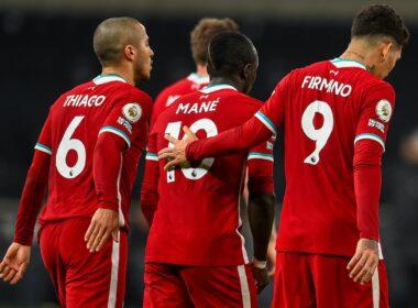 """""""Liverpool"""" nutraukė įvarčių badą"""