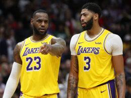 """Lakers"" prarado du lyderius"