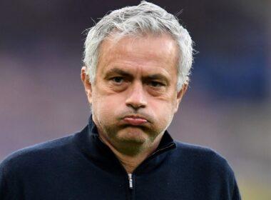 Mourinho vėl atleistas